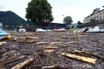 Banjir merendam kota di sekitar danau Como Italia