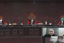Kuasa Hukum: Pasal 50 Ayat (4) Undang-Undang Guru dan Dosen ambigu