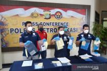 Empat pegawai apotek Bekasi terancam lima tahun penjara