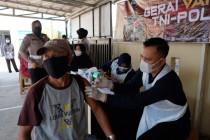 Polresta Tangerang gelar vaksinasi COVID-19 bagi pemohon SIM
