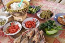 Sapek Panggang, kuliner nikmat di Dangau Pasawangan Agam