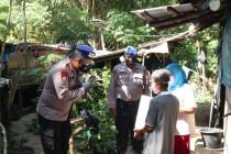 Ditpolair Polda Sumbar salurkan bantuan sosial pada masyarakat pesisir