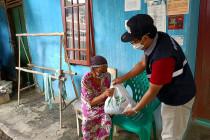 Memupuk empati masyarakat di masa pandemi COVID-19
