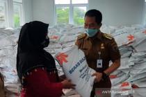 Warga Kudus terdampak pandemi yang terima bantuan beras baru 60 persen