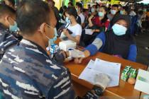 Serbuan TNI-Polri percepat distribusi vaksin