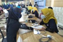 Donasi dari gaji jadi bingkisan untuk 430 nakes di Mataram