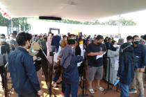 Terjadinya kerumunan di Karawang diakui panitia vaksinasi BPBD Jabar