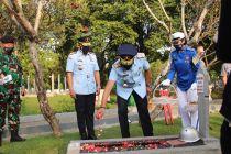 Peringati HDKD, Kemenkumham tabur bunga di TMP Kalibata