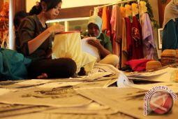 Sulaman Karawo akan diaplikasikan ke pakaian tradisional daerah di Sulawesi