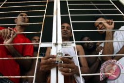 TNI dan Imigrasi amankan tujuh WNA