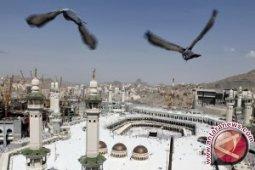 Mengintip sejarah dua masjid suci