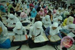 Sumbar Alokasikan Rp318 Juta Untuk Pesantren Ramadhan