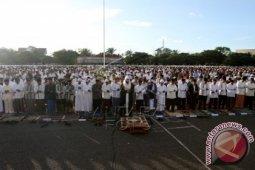 Idul Fitri - Khatib Serukan Umat Bertobat