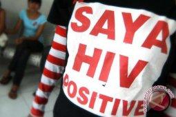 Menikahi Pengidap HIV Positif
