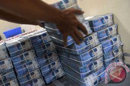 Rupiah menguat menjadi Rp13.507 per dolar AS