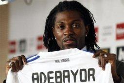 Emmanuel Adebayor kini merumput di Liga Paraguay