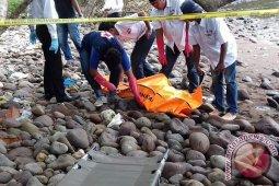 Bule ditemukan tewas dengan luka tusukan di  Sabang