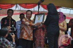 Melawi Pecahkan Rekor Muri di Hari Kartini