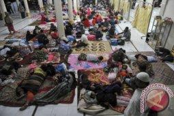 Sebagian warga pengungsian derita ispa