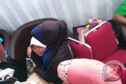 Nestapa dua insan muda ditinggalkan sang ibu korban KM Zahro
