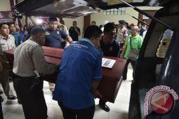 Tiga jenazah KM Zahro Express masih di RS Polri