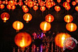 Ribuan lampion hiasi Singkawang