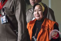 Mantan Wali Kota Cimahi dituntut lima tahun penjara