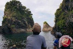 Gua Sarang nan eksotis di Sabang