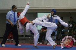 15 taekwondoin Labusel raih emas dalam kejuaraan USU V