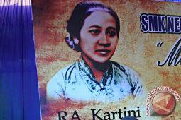 "FJPI peringati HUT Kartini di ""hutan perempuan"""
