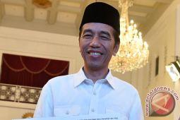 Berita kemarin, Presiden Jokowi ulang tahun hingga Apple bangun pusat riset di BSD