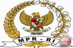 MPR menetapkan sembilan fraksi