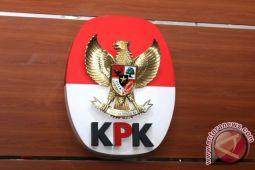 Empat pejabat Jambi dibawa KPK ke Jakarta