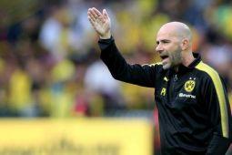 Borussia Dortmund pecat pelatih Bosz