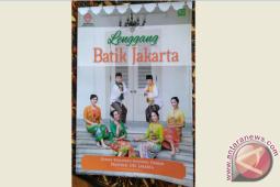 """Ragam batik Betawi di """"Lenggang Batik Jakarta"""""""