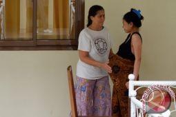 Memperjuangkan kesehatan ibu dan bayi bersama Robin Lim