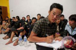 Polair Polda NTT amankan 41 imigran asal Vietnam