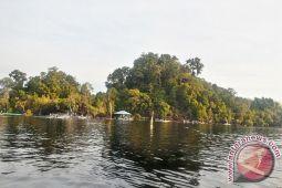 Berwisata ke Taman Nasional Danau Sentarum