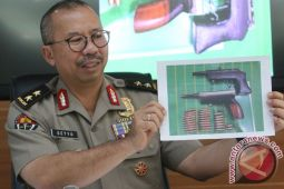 Polri rilis identitas 19 terduga teroris