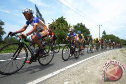 Bupati Madiun berangkatkan pesepeda Tour de Java