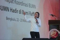 Rini Soemarno minta BUMN saling membantu