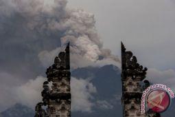 Kemarin, pilot Lion terciduk bawa narkoba hingga aktivitas Gunung Agung masih tinggi