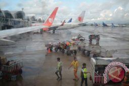 Operator penerbangan agar waspadai cuaca ekstrem