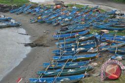 Nelayan Gunung Kidul diimbau mewaspadai gelombang tinggi