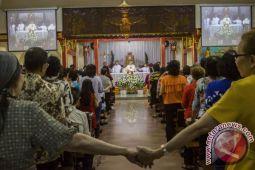 Gereja Toasebio gelar Misa Natal berbahasa Mandarin