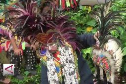 Jamasan Seni Topeng Ireng di Sendang Pundung