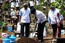 Presiden Tanam Ribuan Pohon di Gunungkidul