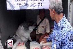 Gubernur Jateng Ingin Beras Impor Tak Masuk ke Wilayahnya