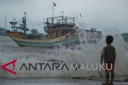 BMKG: waspadai gelombang tinggi laut Maluku