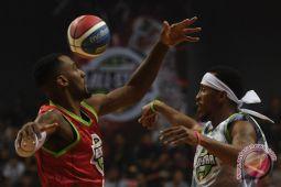 Bola basket - Pelatih timnas tak akan panggil Mario Wuysang